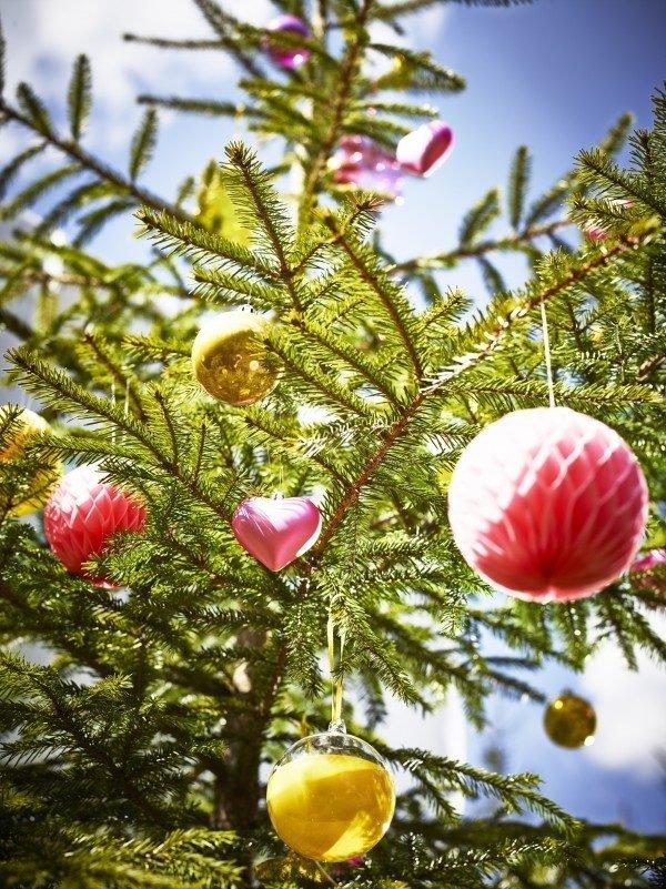 arboles-de-navidad-espectaculares-con-corazones