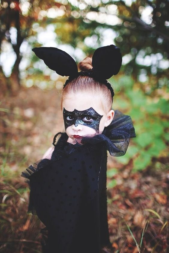 maquillaje-halloween-bruja-para-nina-con-orejas
