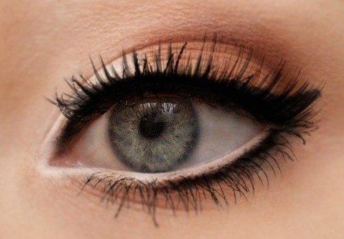 Maquillaje ojo redondo