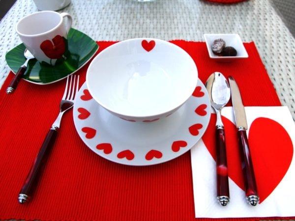 decoracion-cena-san-valentin-platos