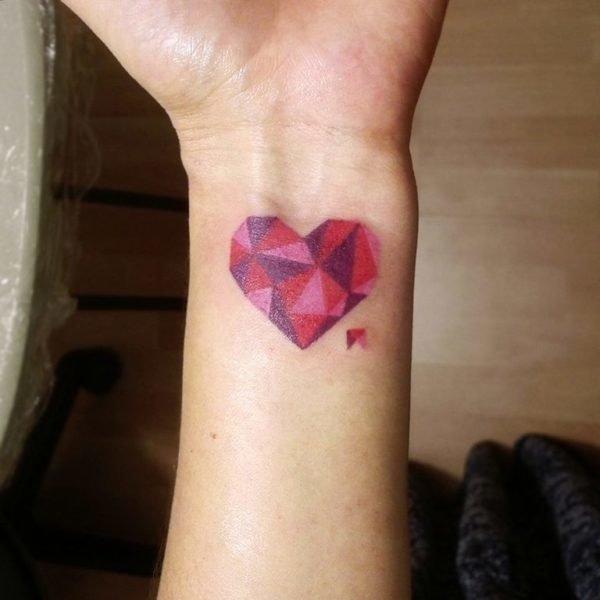 san-valentin-tatuajes-de-amor-corazones-degradados