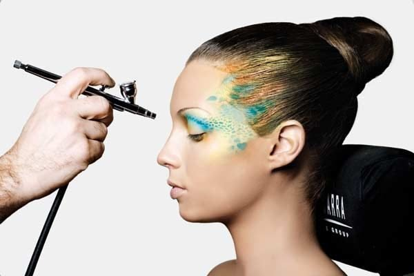 maquillaje-de-fantasia-lapiz-maquillador-ten-image