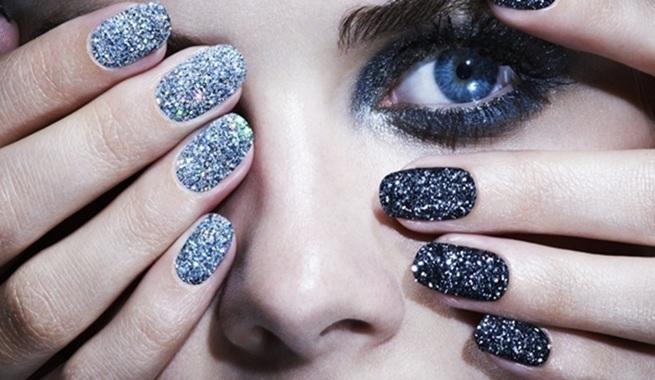 lentejuelas uñas