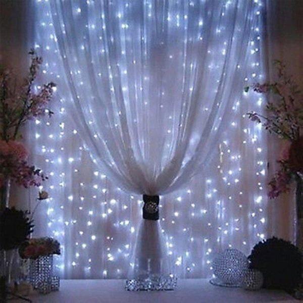 luces-led-blancas-cortina-navidad