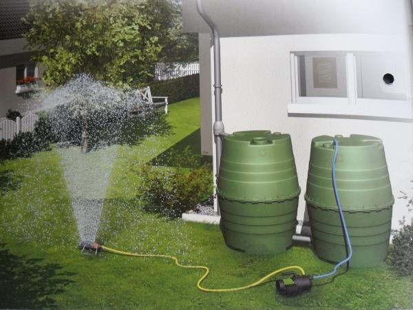 bidones agua lluvia