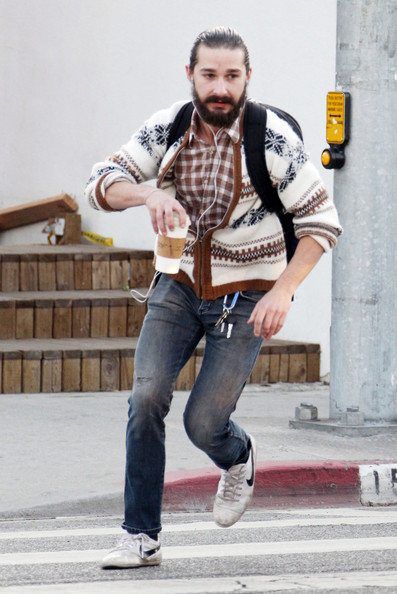 los-10-actores-con-el-look-mas-hipster-de-hollywood-shia-lebouf