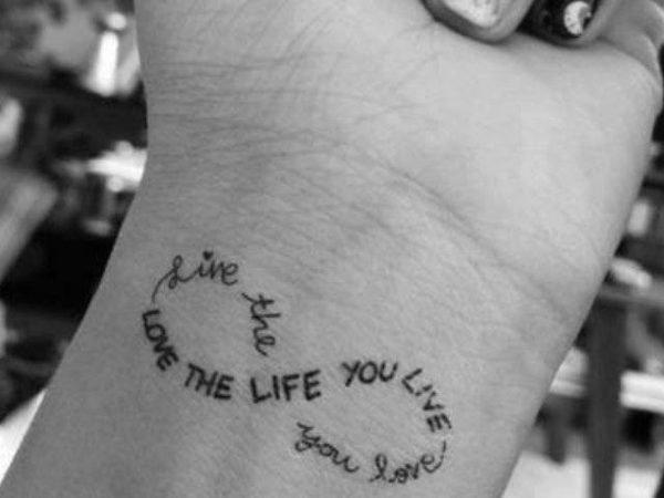 tatuajes-frases-cortas-inglés-infinito
