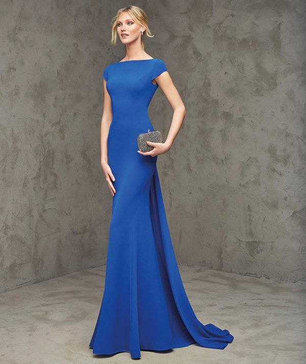vestidos-de-fiesta-pronovias-vuelo-azul