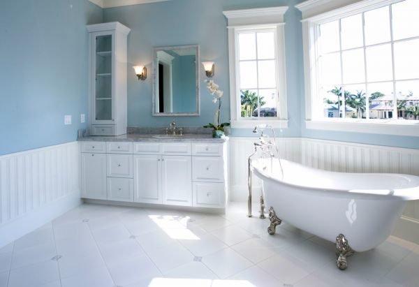 colores-para-cuartos-de-bano-azul-y-blanco