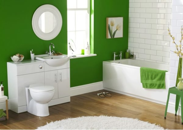 colores-para-cuartos-de-bano-verde-blanco-azulejos