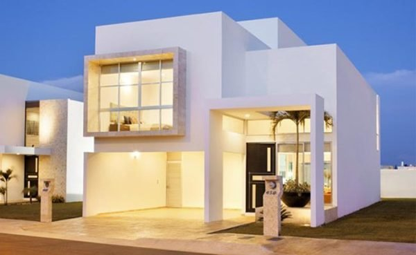 fachadas-de-las-casas-más-bonitas-y-modernas-casa-blanca-puerta-negra