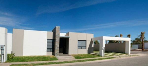fachadas-de-las-casas-más-bonitas-y-modernas-casa-blanca-y-gris