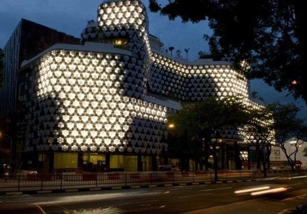 fachadas-de-las-casas-más-bonitas-y-modernas-casa-de-luces
