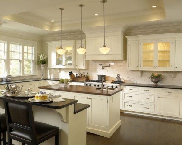 ideas-combinar-los-colores-la-cocina-beige-blanca