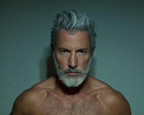 las-mejores-fotos-de-hombres-guapos-con-barba-dureza