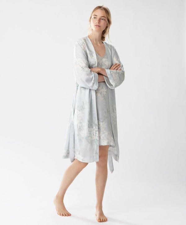 oysho-pijamas-otono-invierno-2017-batas-jazmin