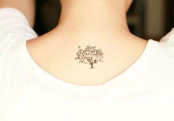 tatuaje-pequeño-arbol-de-la-vida