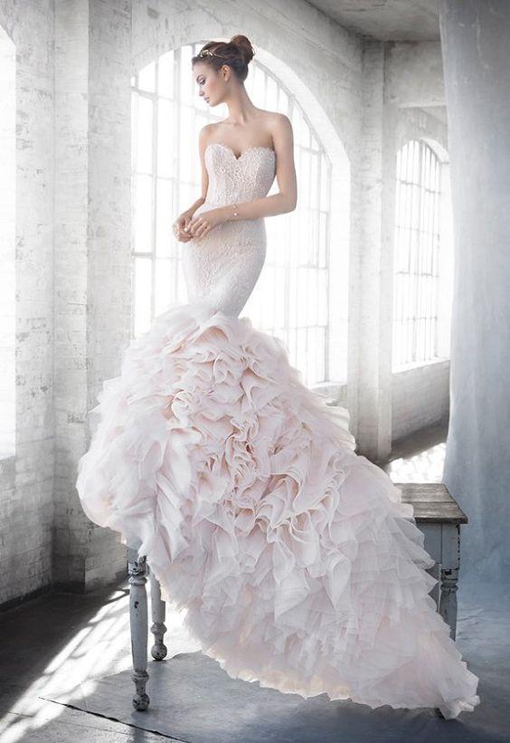 vestidos-de-novia-corte-sirena-otoño-invierno-2017-rosa