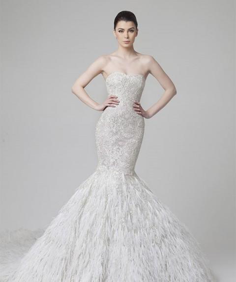 vestidos-de-novia-corte-sirena-plumas