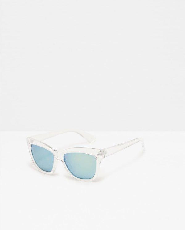 zara-complementos-gafas-de-pasta-blancas