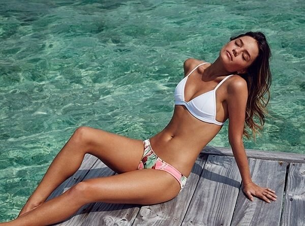 bikinis-triangl-2016