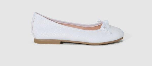 vestidos-de-comunion-el-corte-ingles-nina-zapato-blanco