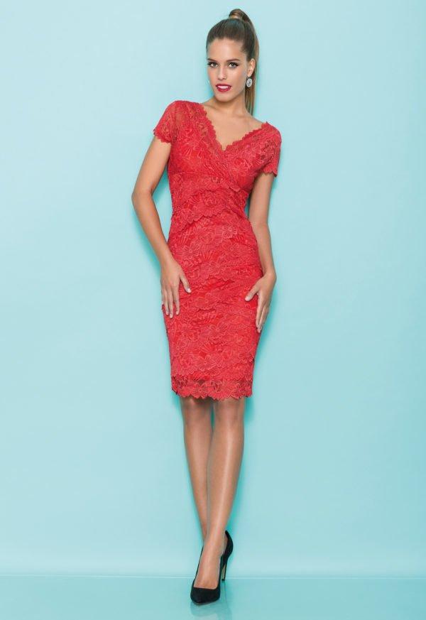 vestidos-de-comunion-para-madres-encaje-encaje-rojo