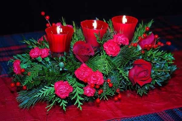 centros-de-mesa-navidenos-velas-rojas