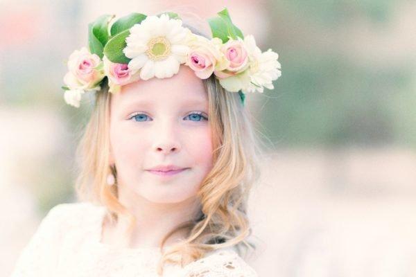 Peinados comunion corona de flores