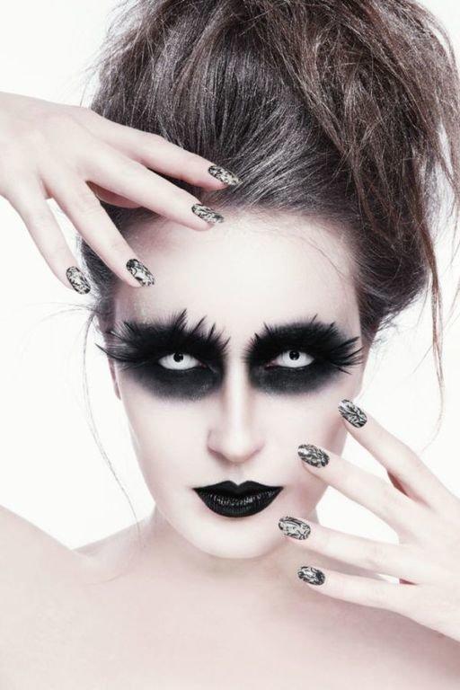 Como maquillarse como la monja Valak El Conjuro sombra de ojos