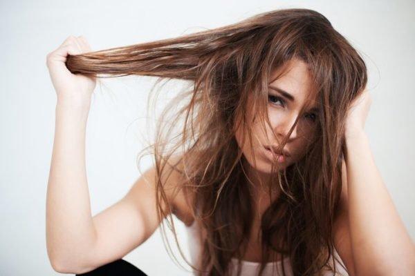 Productos y remedios para el pelo graso pelo sucio