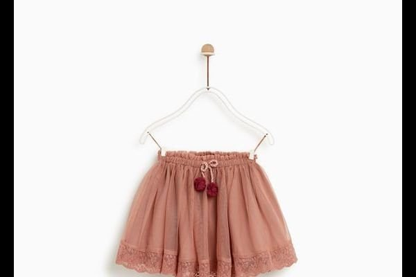 zara-bebe-falda-combinada-bordados