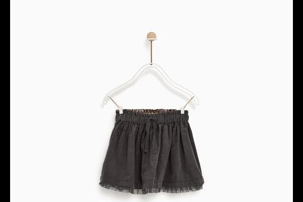 zara-bebe-falda-de-pana-negra
