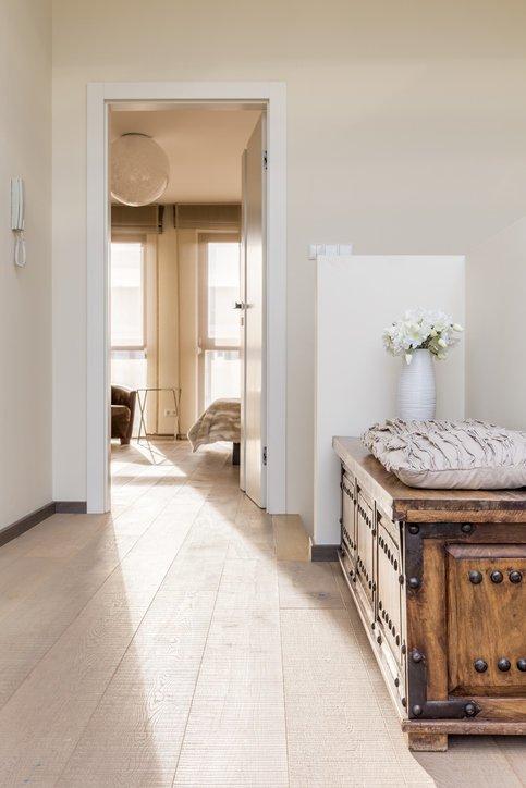 Como decorar un pasillo largo baul