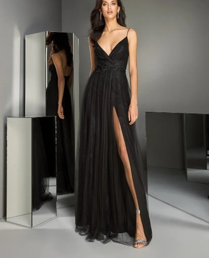 Vestido de fiesta negro Pronovias