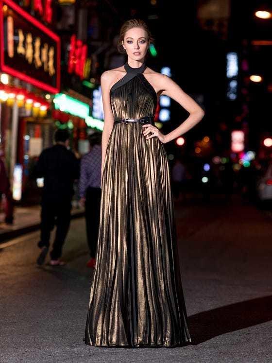 Vestido de fiesta largo pronovias marrón