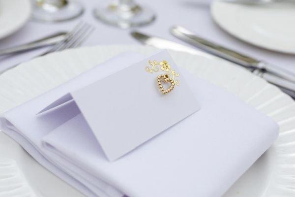 seating-plan-boda-originales-mesa-invitados-joya-istock