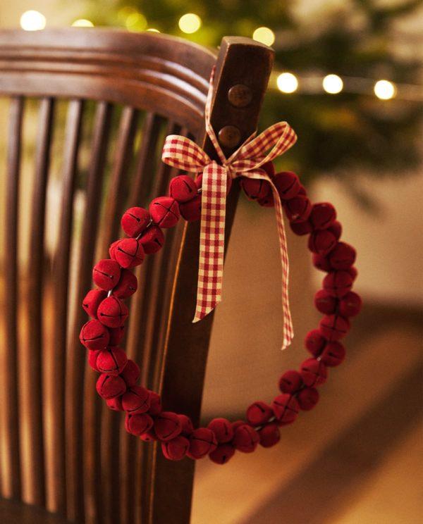 Catálogo Zara Home Navidad 2020 guirnalda cascabel