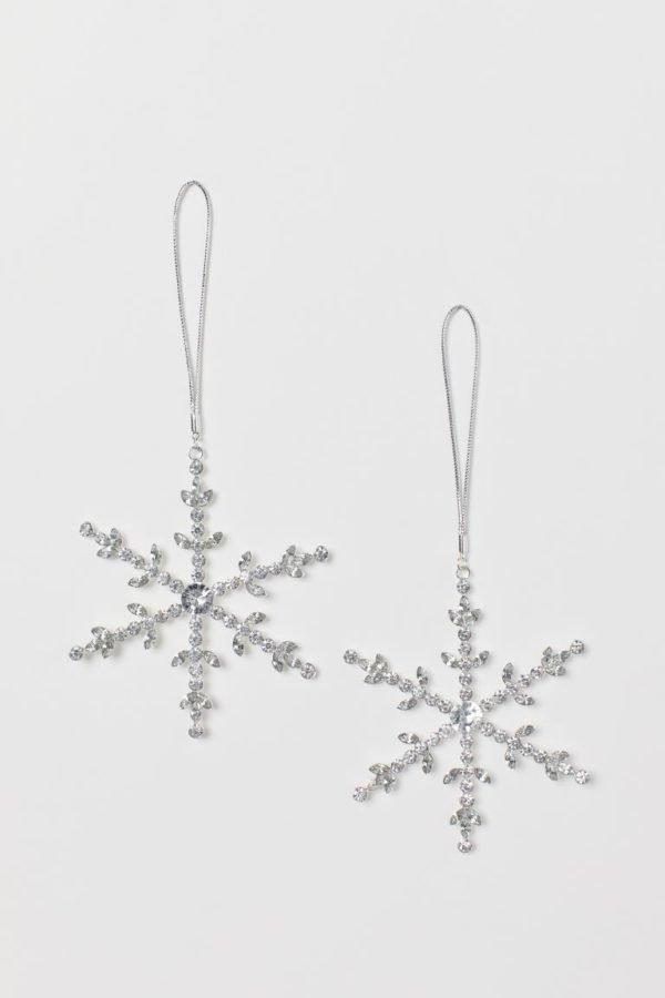Catálogo H&M Home Navidad 2020 copos de nieve metal