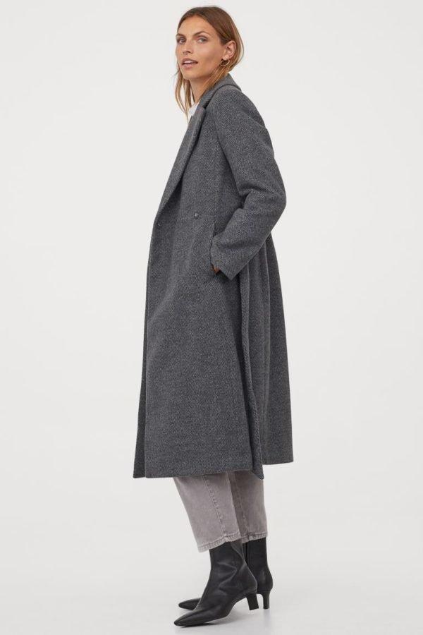 Catálogo H&M otoño invierno 2020-2021 abrigo lana