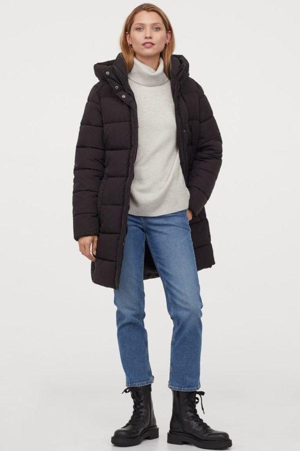 Catálogo H&M otoño invierno 2020-2021 chaqueta puffy larga