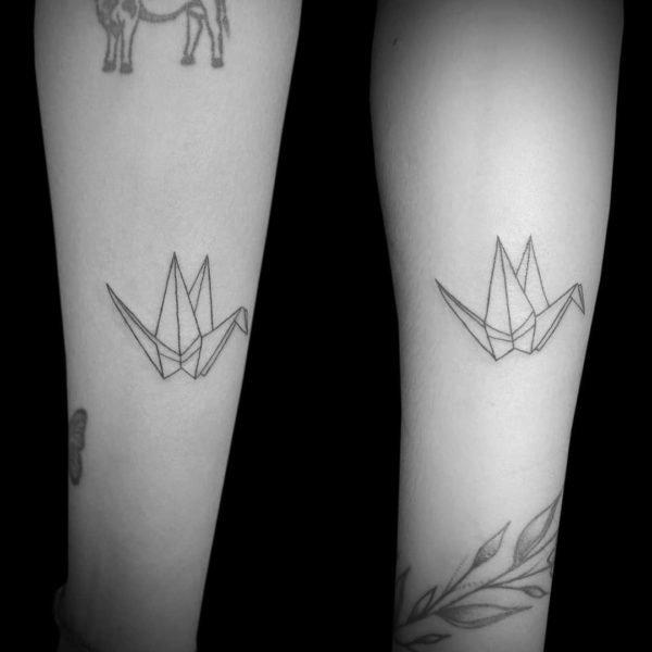 Tatuajes minimalistas 2021 grullas pareja