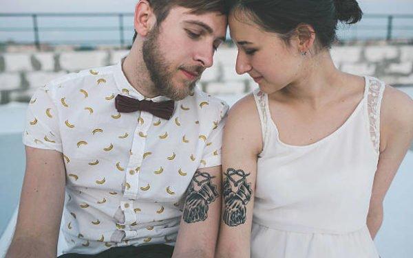 Tatuajes para parejas 2021 manos originales
