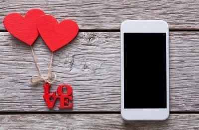 Dedicatorias de san valentin para poner en la tarjeta telefono corazones
