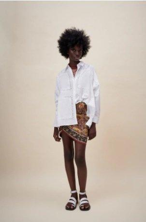 Camisa blanca con bordados perforados Zara