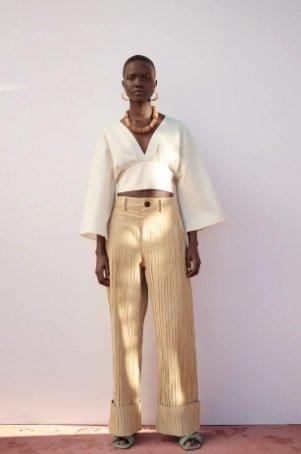 Pantalón ancho Zara