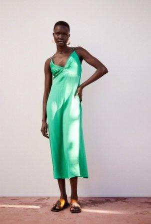 Vestido verde agua Zara