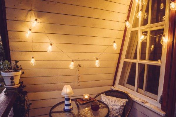 Como crear zona chill out balcon mesa luces