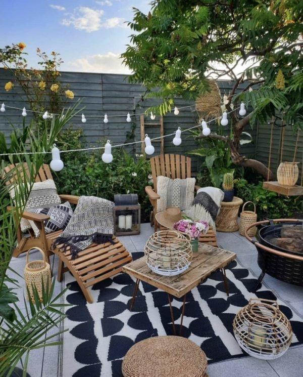 Como crear zona chill out balcon patio bombillas