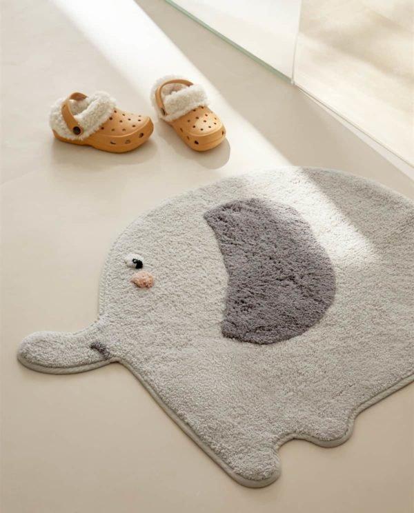 Alfombra baño elefante Zara Home